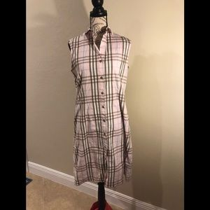 Burberry sleeveless buttoned dress 10